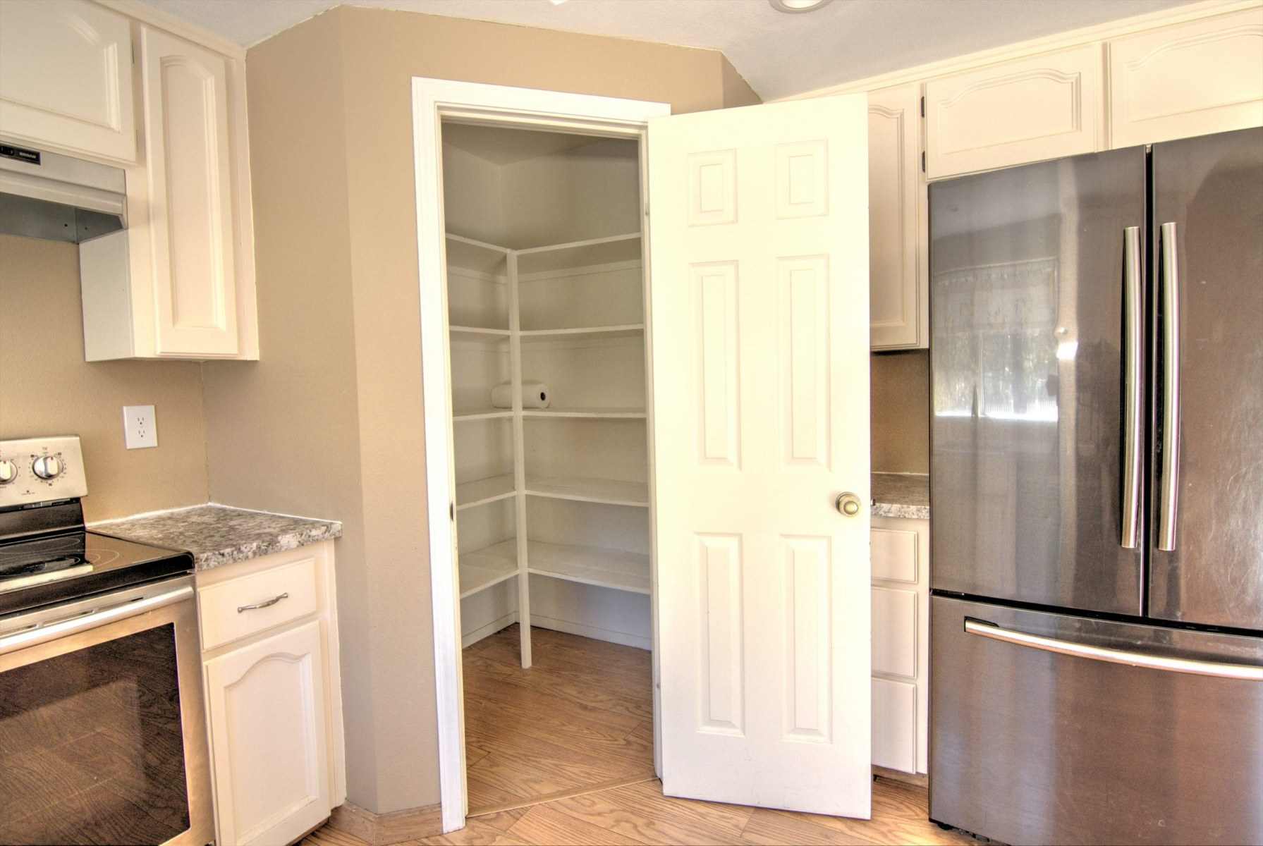Kitchen-Pantry-scaled