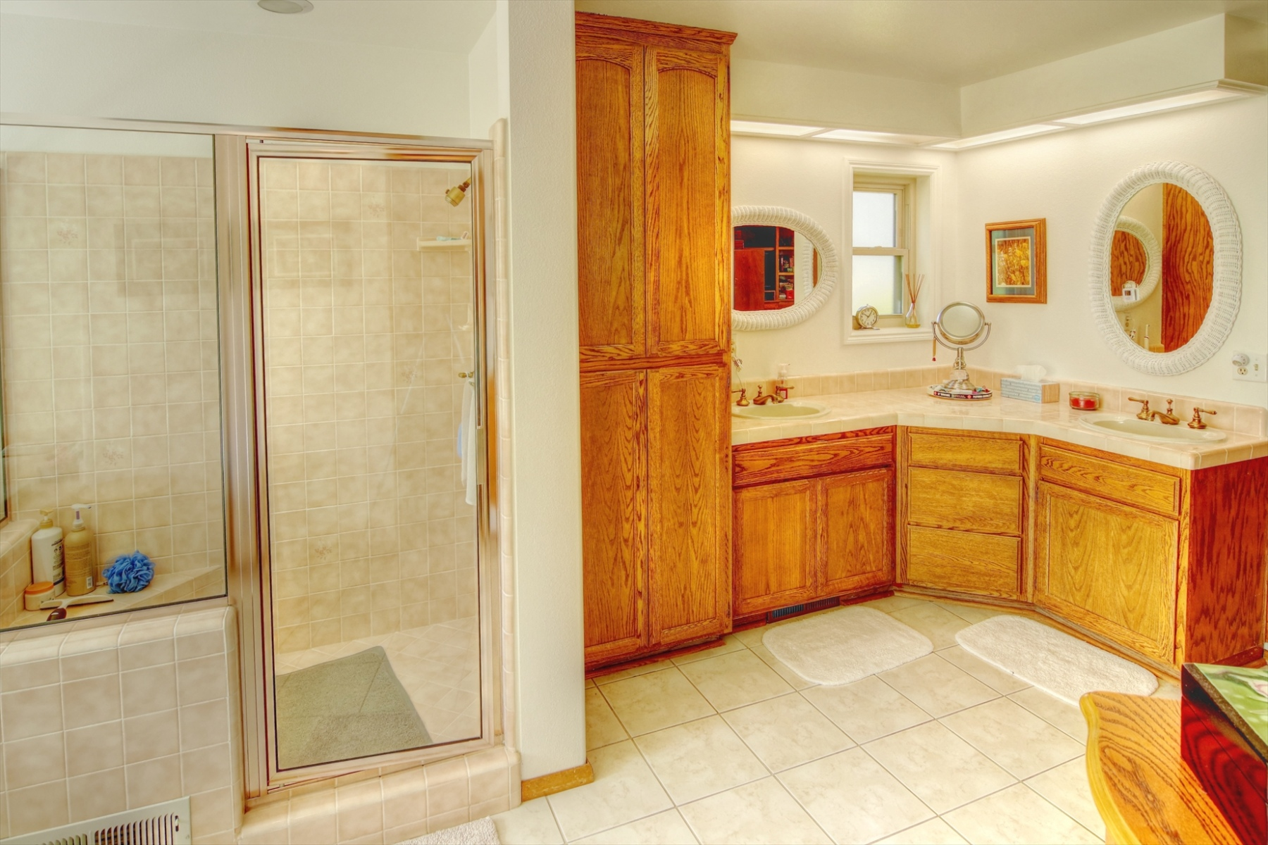Master-Bath-Sink-and-Shower