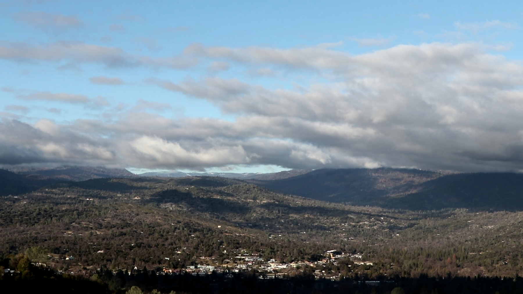 Oakhurst-from-north-of-town